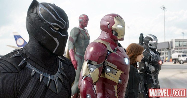 Iron Man leads a team consisting of Black Panther, Vision, Black Widow and War Machine who believes superheroes should register with the government in order to reduce civilian deaths and destruction.