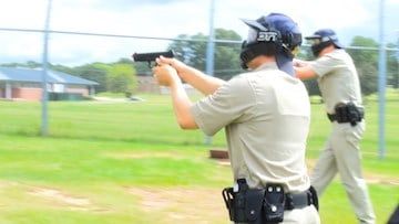 When deciding to shoot, officers must determine if ability, opportunity, and jeopardy are present.