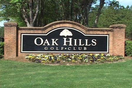 Many travelers are playing golf at Midlands courses like Oak Hills despite the higher fees.