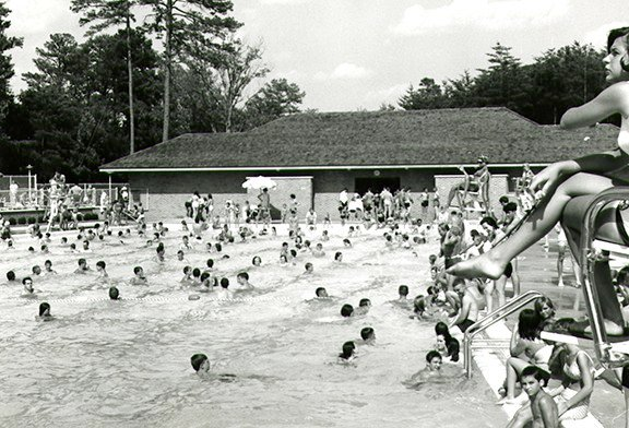 Springs Park swimming pool on a crowded day in July 1965