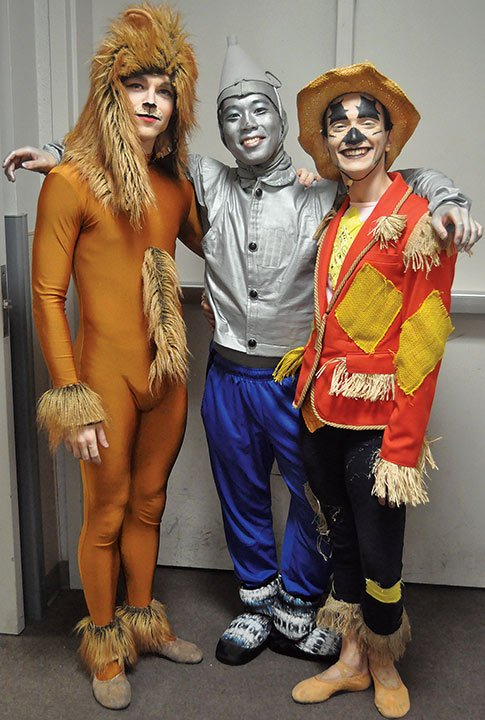 Some of the most detailed costumes include the Lion, played by Patryck Lempicki, Tin Man, played by Koyo Yanagshima and Scarecrow, played by Luca Sportelli.