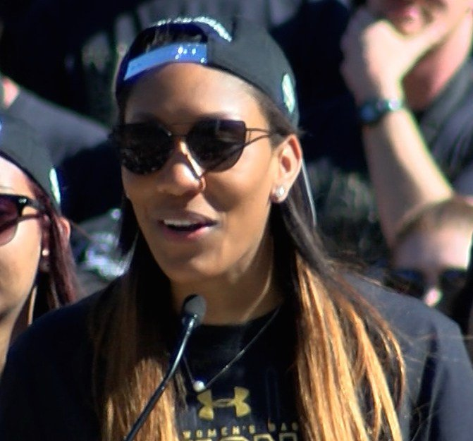 Player A'ja Wilson said the crowd's support helps them win games