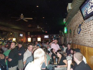 If the law was passed, downtown patrons would have to clear out of bars early.