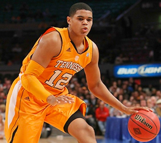 Tobias Harris scored a career high 25 points to power the Vols past the Gamecocks.