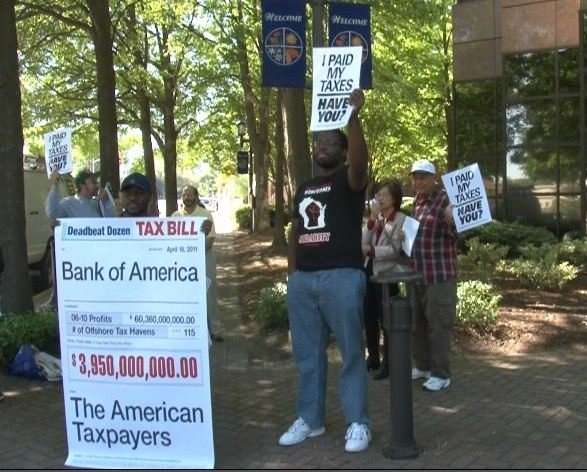 Moveon.org and Tea Party supporters protest against taxes in Columbia