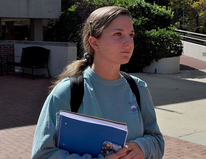 """USC student Nicole Pascale believes that mental illness played a part in the Las Vegas shooting. """"I think nobody in their right mind would do something like that,"""" said Pascale."""