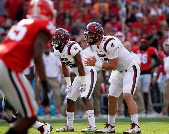 Jake Bentley and the OL getting ready for the next play.
