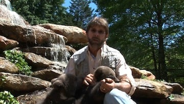  David Meeks is the Owner, Director, and lead animal trainer at Hollywild Animal Park in Inman, S.C.