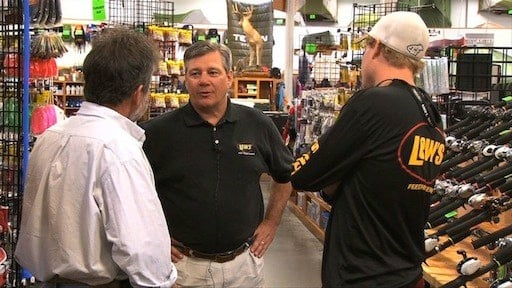 Lew's president Gary Remensnyder talks with Customers at Sportsmans Warehouse, one of Lew's many distributers