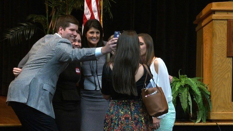 USC College Republicans were the last students to take a selfie with the Governor on Thursday night.