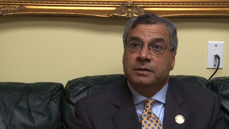 City councilman, Moe Baddourah, says not charging meters over the weekend is not helping business in Five Points.
