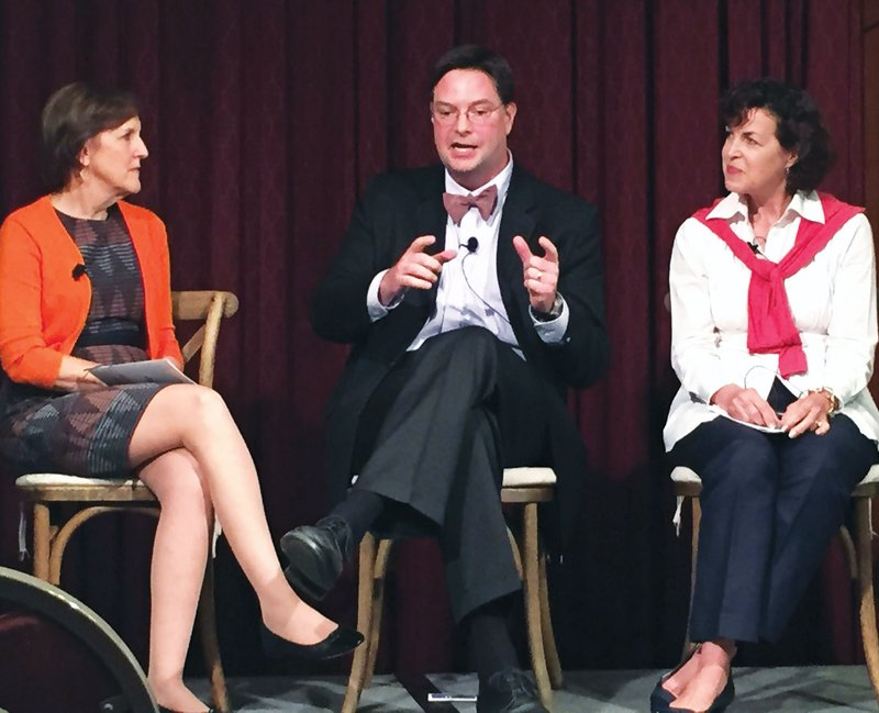 Washington Post reporter Karen Tumulty, who wrote a Sept. 14 story on Hillary Clinton's declining poll numbers among women, talks to Scott Huffmon of the Winthrop Poll and Alexis Simendinger of Real Clear Politics. The three were part of a USC symposium.